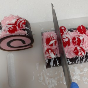 Chocolate Raspberry Drizzle Rolled MP Soap Recipe: Adding Your White Chocolate Drizzle