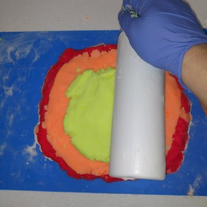 Rainbow Bubble Bar Recipe: Rolling the Yellow Layer
