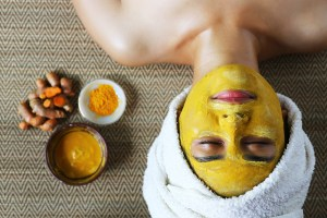 Turmeric Face Mask Recipe: Bath and Body Products