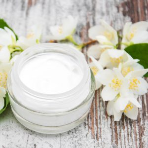 Benefits of Jasmine Flowers: Cosmetic Uses