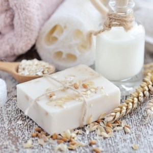 What is Oat Straw?: Bath and Body Uses