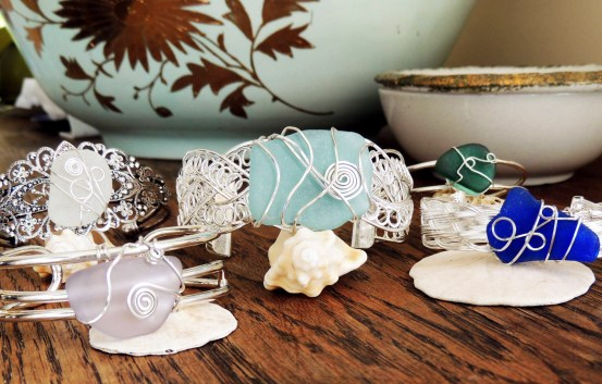 Gem Creations makes beautiful jewellery from sea glass that is collected from beached around the world. Visit her on December 7th and 10th!