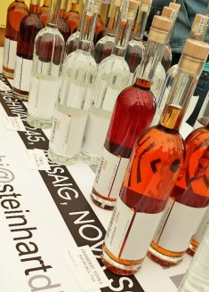 Steinhart Distillery from Airsaig has wonderfully crafted vodkas such as maple, cranberry and more! They also have gin available in a beautiful blue bottle. Tehir vodka is available in various sizes so tehre si something to fit every budget! Find Paul every week!