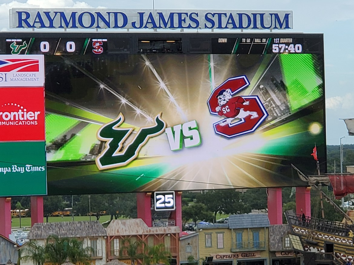 USF ends eight-game losing streak with 55-16 blowout of SC State