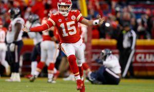 NFL: Chiefs advance