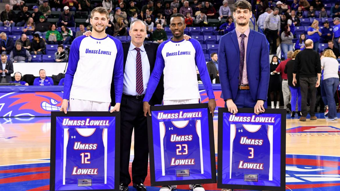 River Hawks MBB: Vermont has four players in double figures in 94-77 win