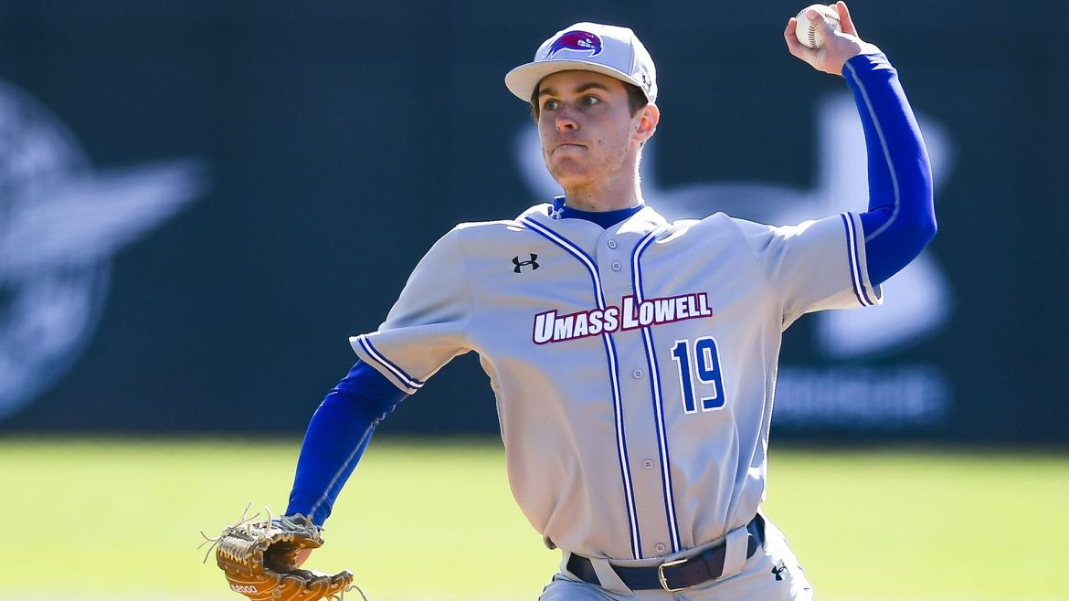 River Hawks Drop tough Battle to Virginia in series finale, 4-3