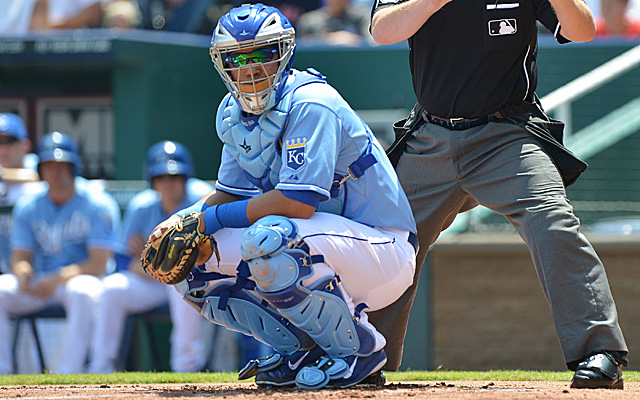 MLB Weekly Digest March 29th Edition: Kansas City Royals Sign Catcher Salvador Perez to Four-Year Extension