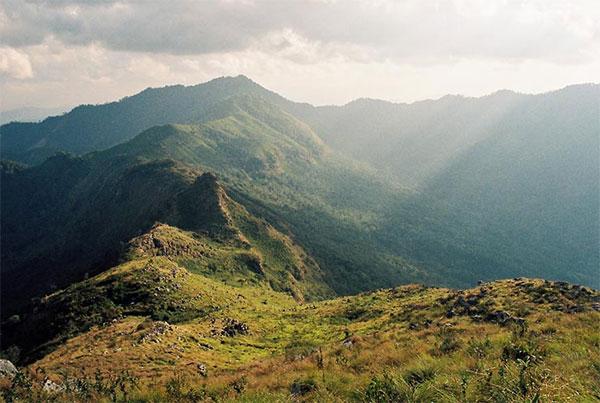 ดอยภูแว, จังหวัดน่าน, เดินป่า, เส้นทางเดินป่า, เดินป่าในเมืองไทย