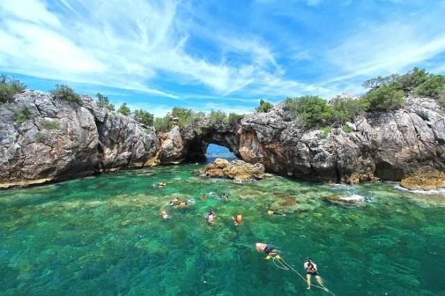 อุทยานแห่งชาติหมู่เกาะชุมพร, ดำน้ำ, เกาะ