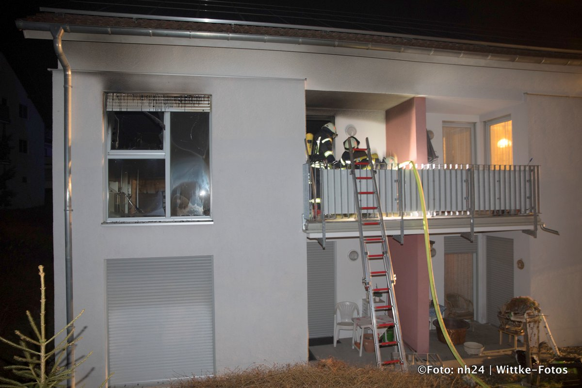 homberg efze mann bei zimmerbrand schwer verletzt. Black Bedroom Furniture Sets. Home Design Ideas