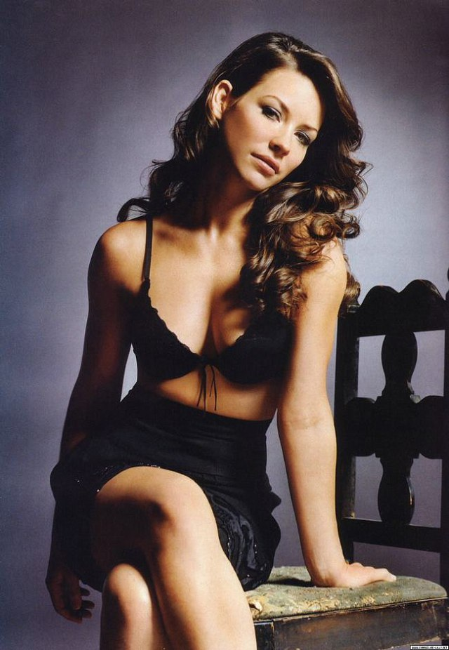 Canada Evangeline Lilly -gay-me-man-voi-nhung-hinh-anh-sieu-sexy8