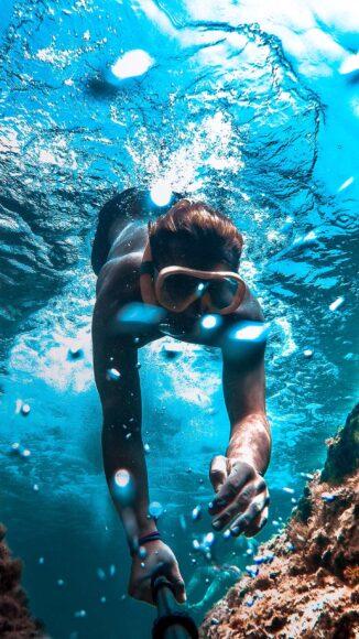 Kiểu ảnh điện thoại bơi dưới biển