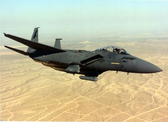 F-15E loạt đầu