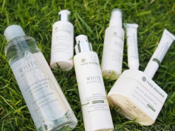 Bộ sản phẩm dưỡng trắng White Bonical rất nổi tiếng của Yves Rocher.