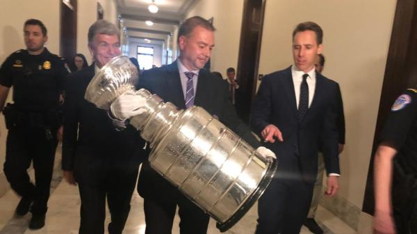 Stanley Cup tours Capitol Hill, takes victory lap with Missouri senators
