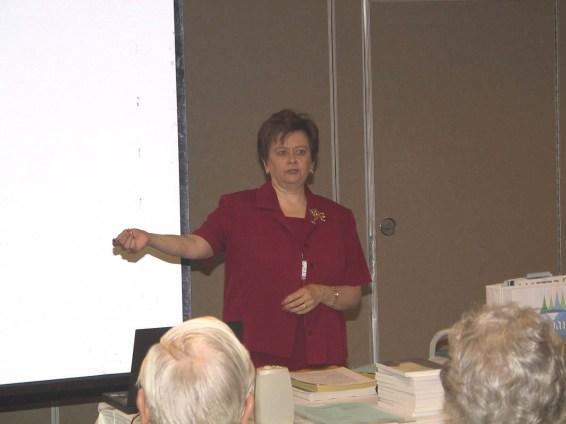 2003-33-ElaineHasleton