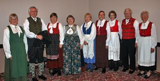 2009-001-bunads2