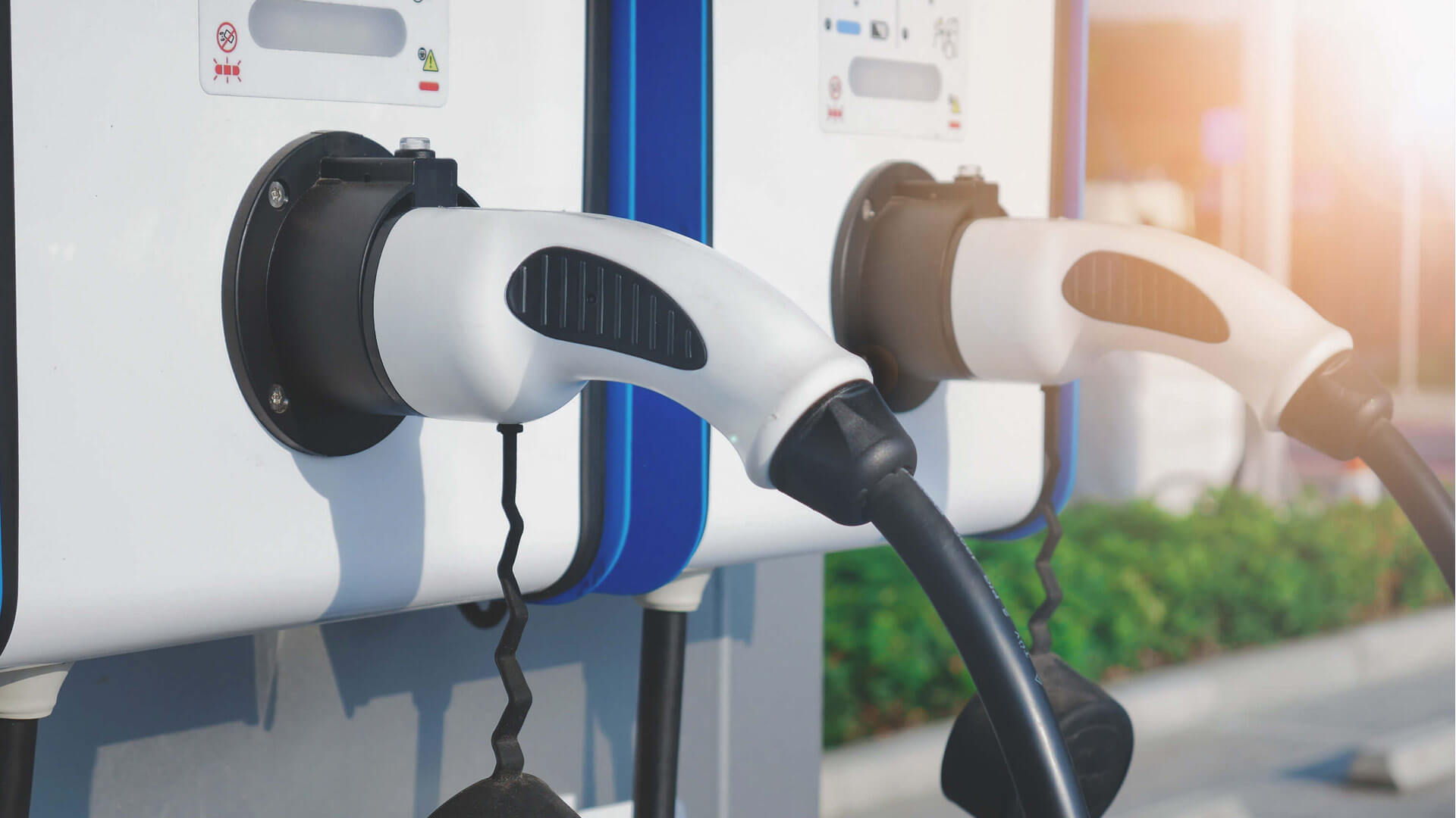 Electric Vehicle Fast Charger Test Equipment - NH Research (NHR)