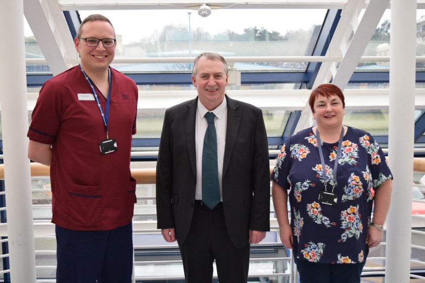 MAIN Chair of Dundee IJB visits Carseview.jpg