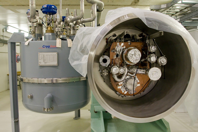 Liquid helium and liquid nitrogen would both be pumped in to different parts of the cyromodules to cool the equipment
