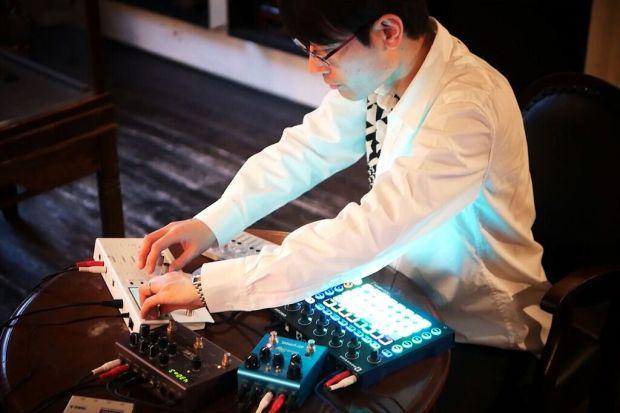 Tomohiro Nakamura in performance