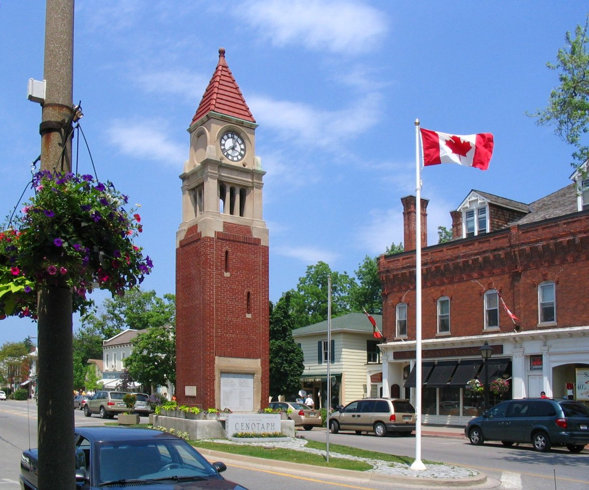 Niagara_On_The_Lake_cenotaph