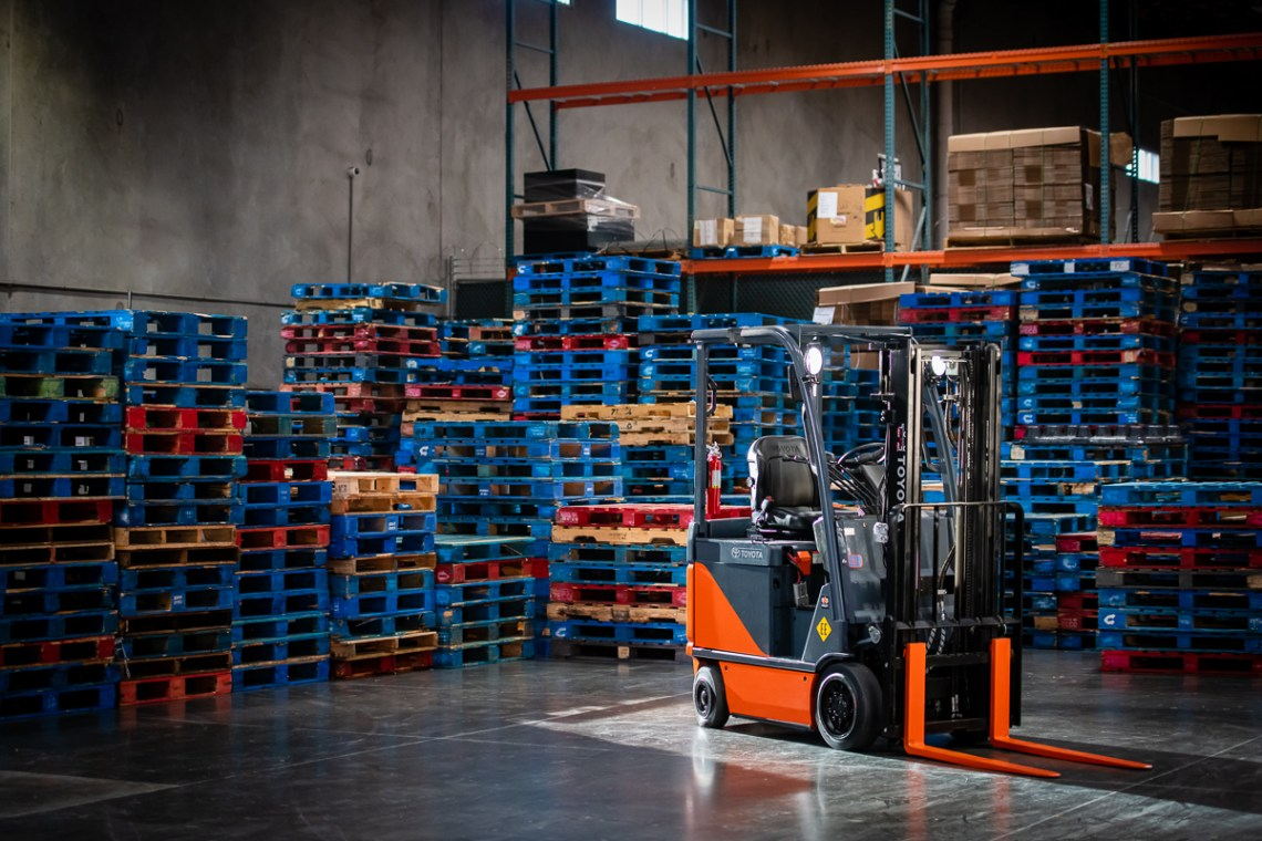 Commercial-Industrial-Lift-Toyota-Material-Handling-Forklift-Truck-Industrial-Manufacturing-Warehouse-Logistics-Equipment-Niall-David-Photography--2