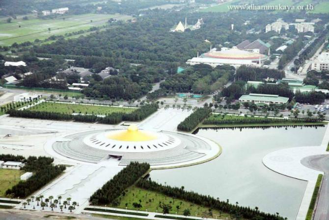 世界最大寺院:極其壯觀的泰國法身寺! - 念覺學佛網