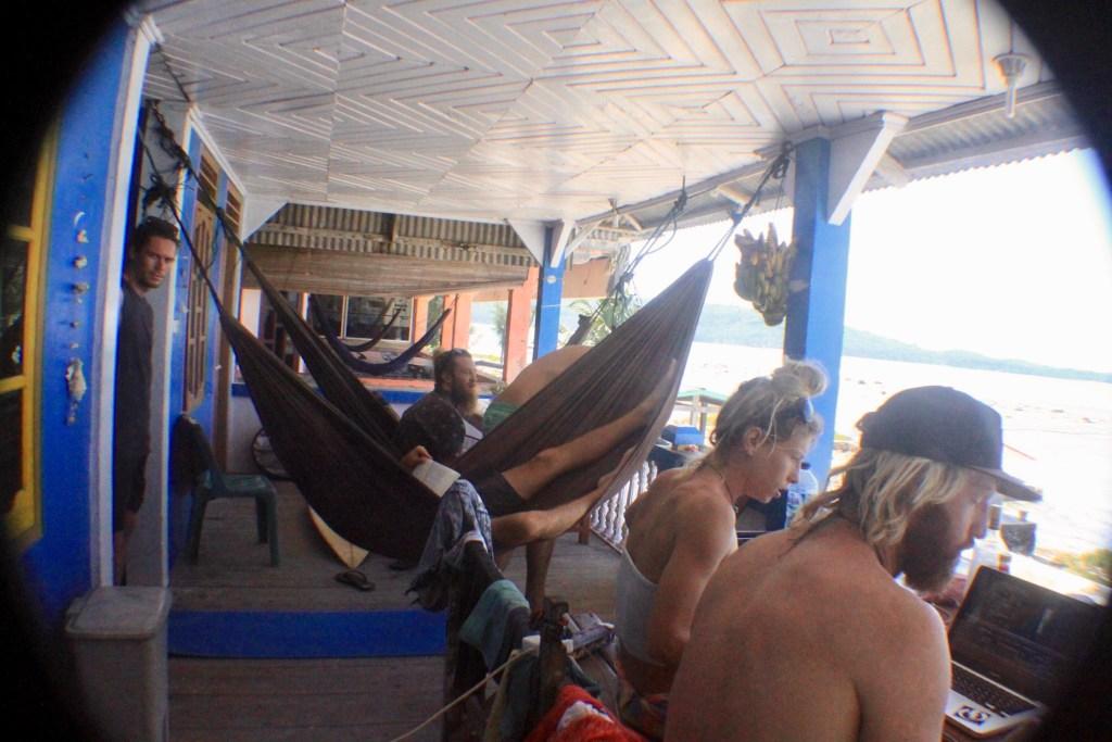 nias-accommodation-surf-12
