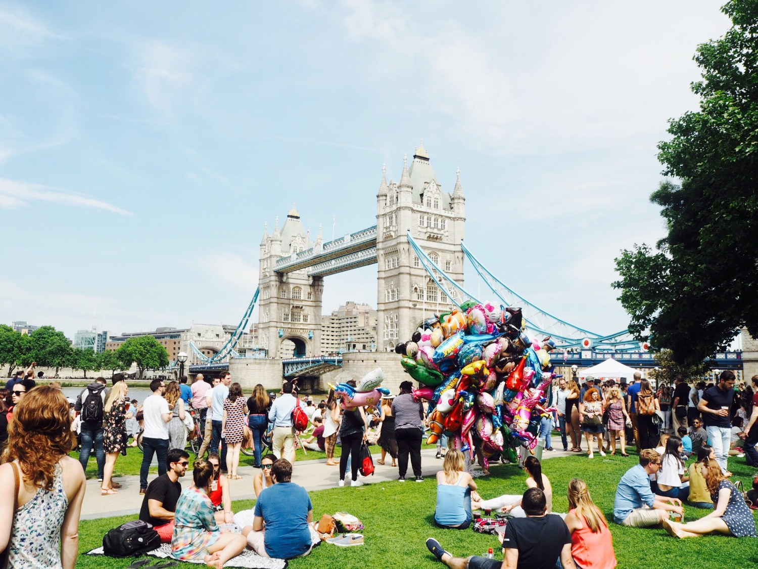 Group of people at Feria de Londres at Tower Bridge