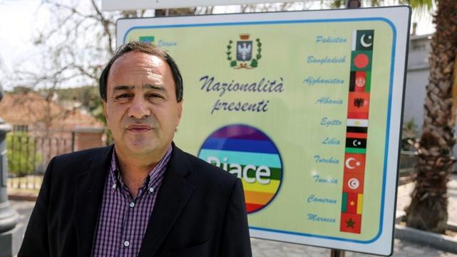Domenico Lucano - maire Riace Calabre