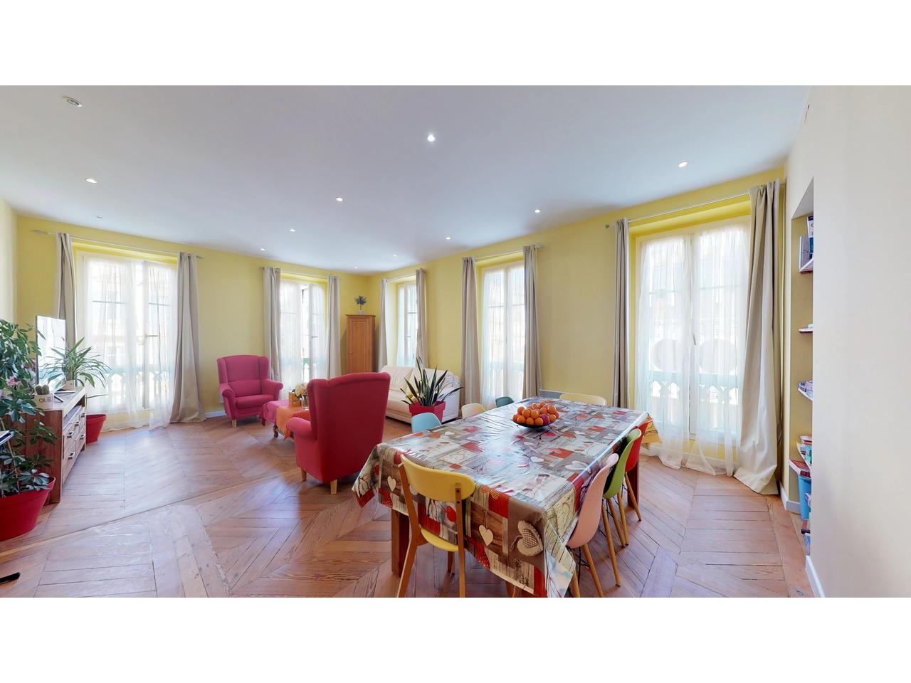 Appartement  5 Rooms 144m2  for sale