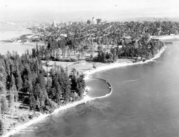 Aerial photo of Second Beach, 1930s. Source: City of Vancouver Archives, AM54-S4-: Air P104