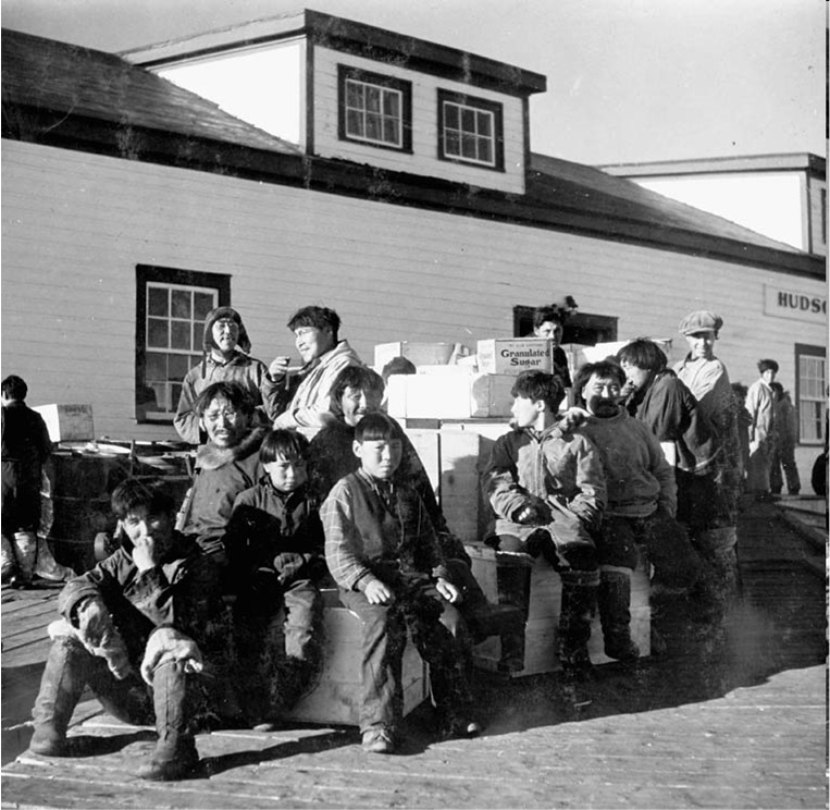 5. Inuit at the Hudson's Bay Company warehouse, 1946 or 1947 George Hunter / Library and Archives Canada / e004665353