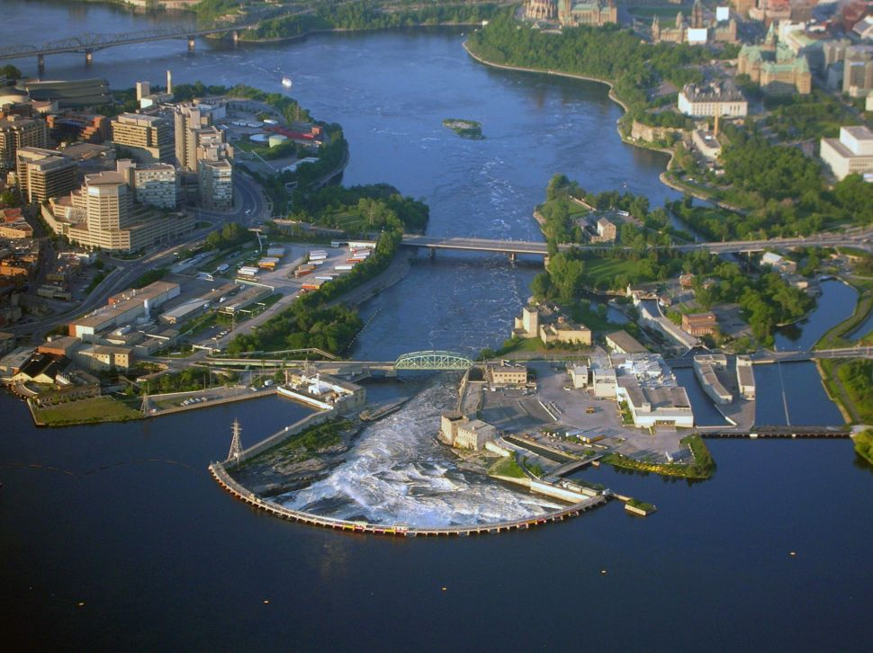 Chaudiere Dam and Generating Stations in 2006
