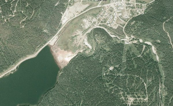 Satelite imagery of the modern tailings flats from Google Earth