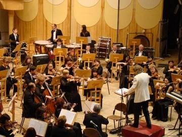 symphony-orchestra-183608_640