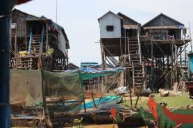 cambodia-floating2