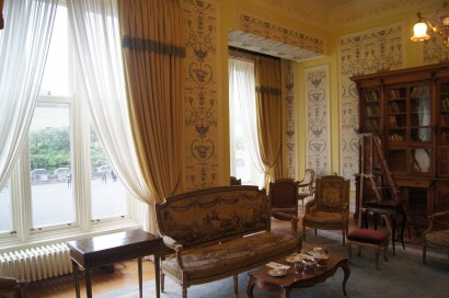 Castle drawing room