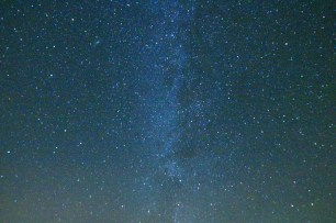 Milky way, from Mont St-Alban lookout. 12800 ISO.