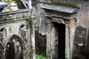 Highgate Cemetary | From the blog of Nicholas C. Rossis, author of science fiction, the Pearseus epic fantasy series and children's books