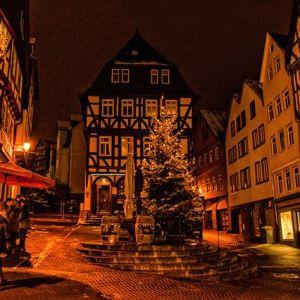 Sonntagabend in Wetzlar. #advent #wetzlar #kornmarkt