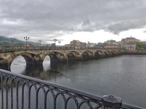 Brücke über den Ria de Pontevedra