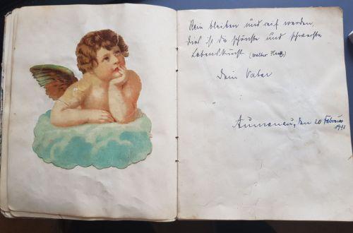 """Poesiealbum meiner Mutter; """"Rein bleiben und reif werden, das ist die schönste und schwerste Lebenskunst"""" (Walter Flex)"""