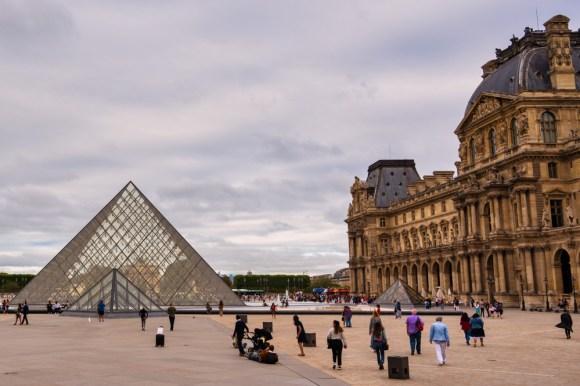 Innenhof des Louvre