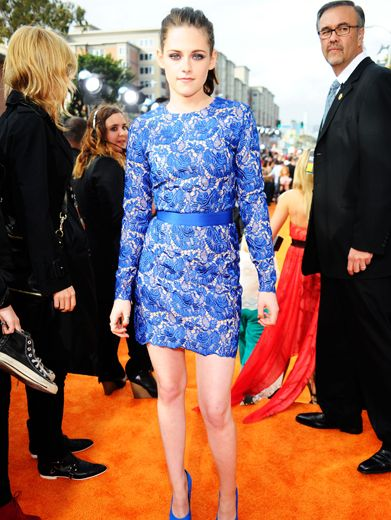 KCA 2012: Lace Station|Favorite Movie Actress Kristen Stewart's lacy gown matched her cool blue eyes and vibe.
