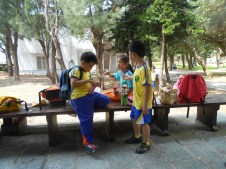 Sharing snacks- the highlight of the trip for most kids. :)