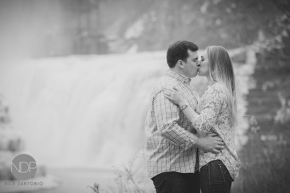 Letchworth State Park Engagement Photos-13-Blog_© NDP 2016