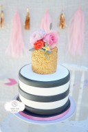 Floral Minnie Mouse Cake. Party by Smash Cake SoCal Event Planners,  Photo credit to Tiffany Nicole Photography